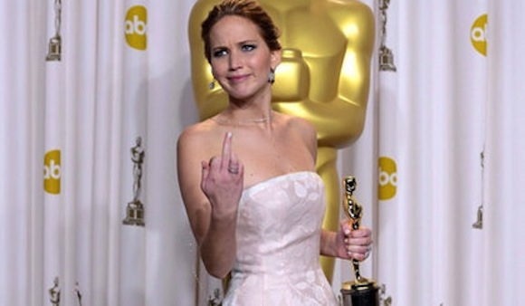 jennifer-lawrence-middle-finger