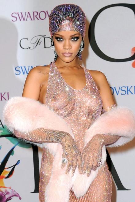Rihanna-CFDA