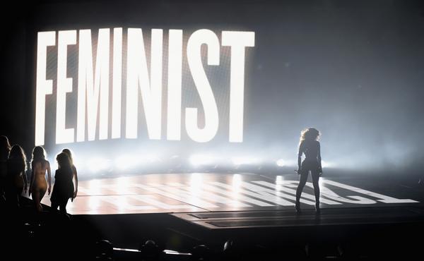 beyonce feminist vmas 2014