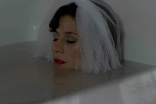 OITNB-Bath-Bride